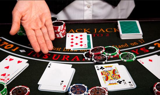 Советы по стратегии ставок для игроков в блэкджек